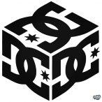Hármas DC logó Autómatrica